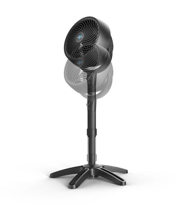 VORNADO 683 Raumzirkulator / Ventilator / Standfuß / 23m Reichweite / schwarz
