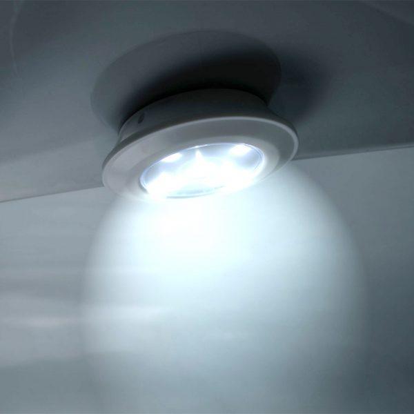 LED Beleuchtung kalt-weiss